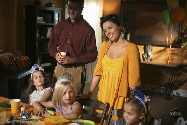 Eva Longoria Parker In Una Scena Dell Episodio What More Do I Need Del Serial Desperate Housewives 94103