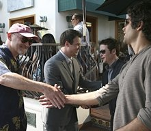 Frank Darabont, Joshua LeBar, Kevin Connolly e Adrian Grenier nell'episodio First Class Jerk di Entourage