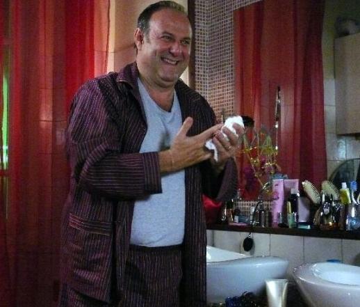 Gerry Scotti In Una Scena Del Film Tv Finalmente A Casa 94137