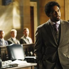 Jason Winston George in una scena dell'episodio Unwritten di Eli Stone