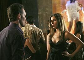 Kevin Dillon e Jamie-Lynn Sigler in una scena nell'episodio First Class Jerk di Entourage