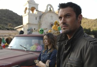 Brian Austin Green e Summer Glau in una scena dell'episodio Mr. Ferguson Is Ill Today di The Sarah Connor Chronicles