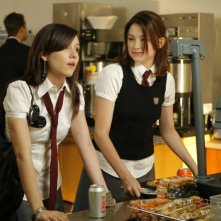 Shannon Marie Woodward e Haley Bennett in una scena del film The Haunting of Molly Hartley