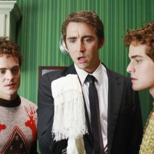 Alex Miller, Graham Miller e  Lee Pace nell'episodio 'Oh Oh Oh It's Magic' della serie tv Pushing Daisies
