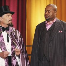 Fred Willard insieme a Chi McBride nell'episodio 'Oh Oh Oh It's Magic' della serie tv Pushing Daisies