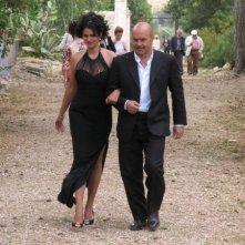 Mandala Tayde con Luca Zingaretti in una scena dell'episodio La pista di sabbia de Il Commissario Montalbano
