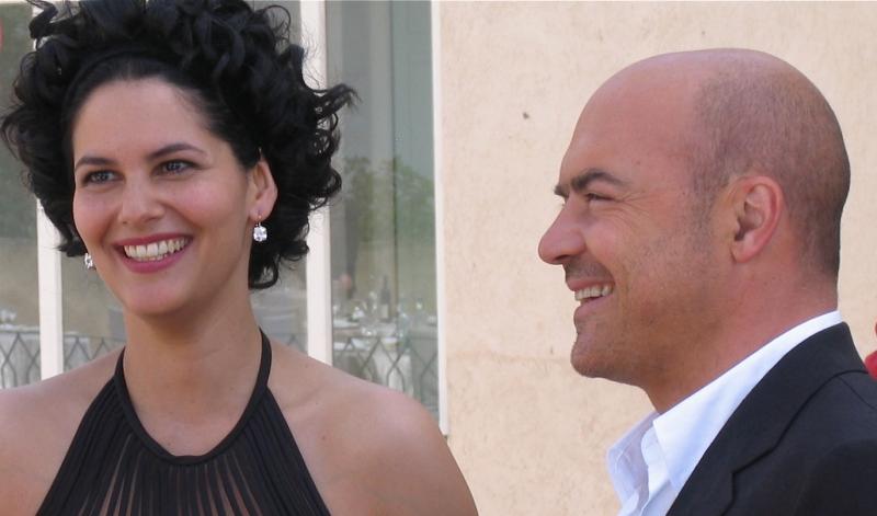 Mandala Tayde E Luca Zingaretti In Una Scena Dell Episodio La Pista Di Sabbia De Il Commissario Montalbano 94352