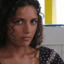 Serena Rossi in una scena dell'episodio Vampa d'Agosto della fiction Il commissario Montalbano