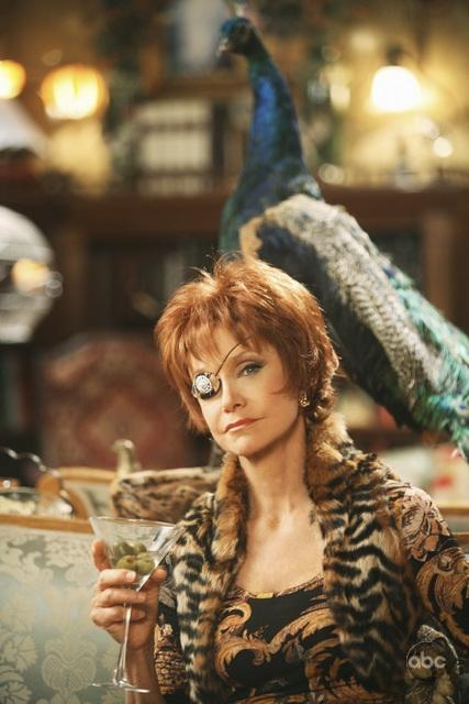 Swoosie Kurtz Nell Episodio Oh Oh Oh It S Magic Della Serie Tv Pushing Daisies 94280