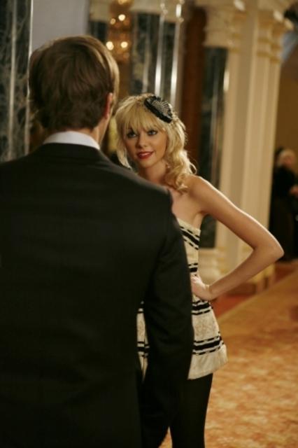 Taylor Momsen Durante Una Scena Dell Episodio There Might Be Blood Della Serie Tv Gossip Girl 94396