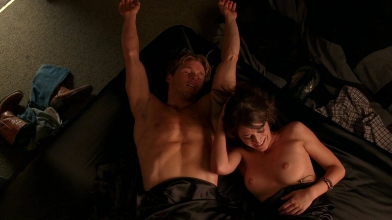 Lizzy Caplan E Ryan Kwanten In Un Momento Dell Episodio The Fourth Man In The Fire Di True Blood 94458