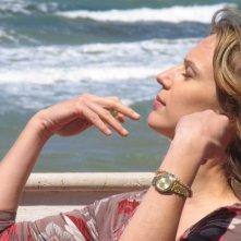 Antonia Liskova in una scena dell'episodio La luna di carta de Il commissario Montalbano