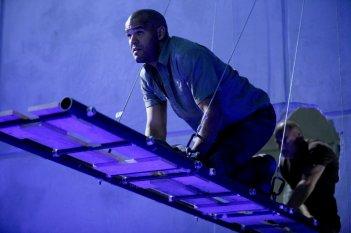 Amaury Nolasco  e Dominic Purcell nell'episodio 'Quiet Riot' della quarta stagione della serie tv Prison Break
