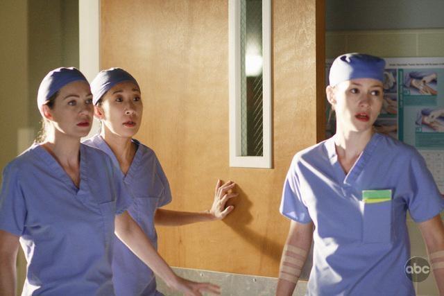 Ellen Pompeo Sandra Oh E Chyler Leigh Nell Episodio In The Midnight Hour Della Quinta Stagione Di Grey S Anatomy 94712