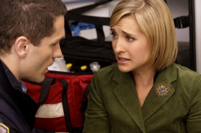 Allison Mack E Sam Witwerin Una Scena Dell Episodio Abyss Della Serie Tv Smallville 94755