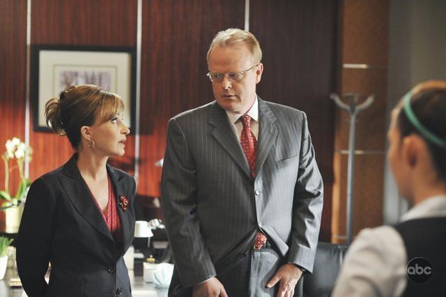 Christian Clemenson E Annie Potts Nell Episodio The Bad Seed Della Serie Boston Legal 94733