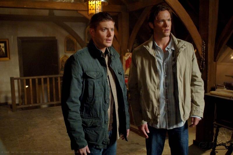 Jensen Ackles E Jared Padalecki In Una Scena Dell Episodio I Know What You Did Last Summer Di Supernatural 94836