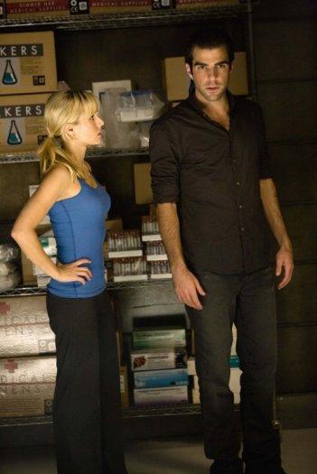 Kristen Bell e Zachary Quinto nell'episodio The Eclipse : Part 1 di Heroes