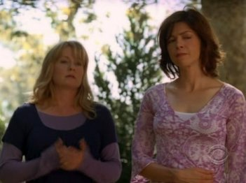 Una sequenza dell'episodio Bloodline, della serie Ghost Whisperer.