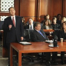 Valerie Bertinelli insieme a James Spader e William Shatner nell'episodio 'Mad Cows' della serie tv Boston Legal