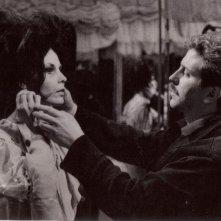Vittorio Salerno e Dominique Boschero sul set di 'Libido' 1965