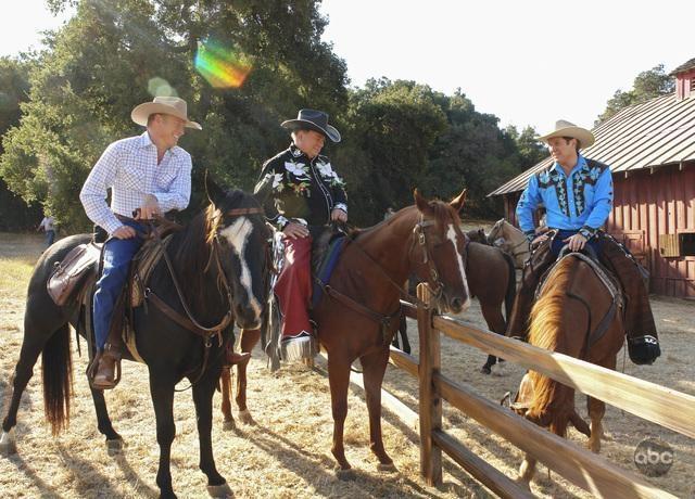 William Shatner E James Spader Insieme A Un Collega Nell Episodio Happy Trails Della Serie Tv Boston Legal 94726