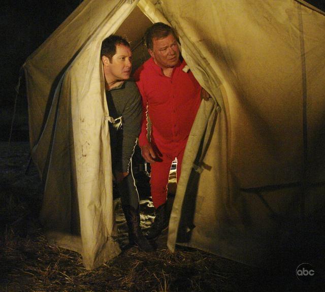 William Shatner E James Spader Nell Episodio Happy Trails Della Serie Tv Boston Legal 94724