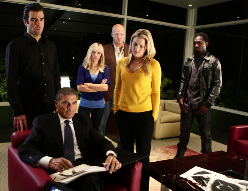 Zachary Quinto Robert Forster Ed Ali Larter In Una Scena Dell Episodio It S Coming Di Heroes 94852