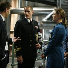 Emily Deschanel, Brendan Fehr, David Boreanaz e Tamara Taylor  nell'episodio 'The Con Man in the Meth Lab' della serie tv Bones