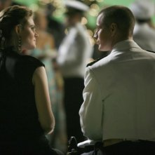 Emily Deschanel insieme a Brendan Fehr a una serata di gala nell'episodio 'The Con Man in the Meth Lab' della serie tv Bones