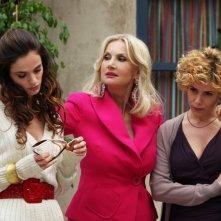 La Dazzi con Gaia Bermani Amaral e Barbara Bouchet in una scena di Amiche mie