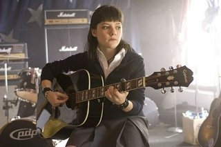 Madeleine Martin in una sequenza dell'episodio 'Coke Dick & The First Kick' di Californication