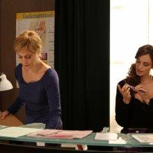 Margherita Buy e Gaia Bermani Amaral nella in una scena della serie TV Amiche mie