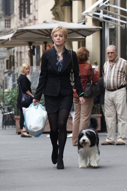 Margherita Buy In Una Sequenza Della Serie Amiche Mie 94958