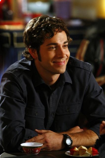 Zachary Levi In Un Momento Della Seconda Stagione Di Chuck Episodio Chuck Versus The First Date 95005