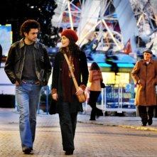 Alessandra Mastronardi e Vinicio Marchioni in una scena nel quarto episodio di Romanzo Criminale - La serie