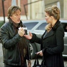 Don Johnson ed Eva Henger in una scena del film Torno a vivere da solo