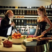 Jerry Calà ed Eva Henger in un'immagine del film Torno a vivere da solo