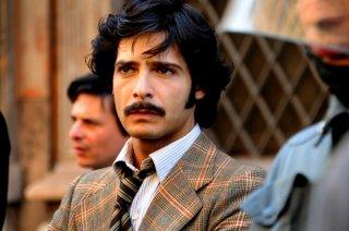 Marco Bocci è il commissario Scialoja nel primo episodio di Romanzo Criminale - La serie