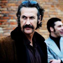 Marco Giallini in una scena del nel quarto episodio di Romanzo Criminale - La serie