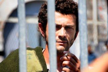 Vinicio Marchioni in una scena del sesto episodio di Romanzo Criminale - La serie