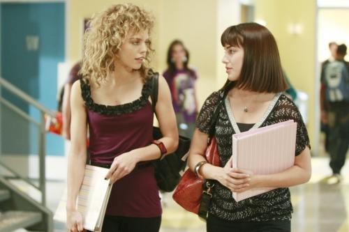 Annalynne Mccord E Jessica Lowndes Nell Episodio Secrets And Lies Di 90210 95510