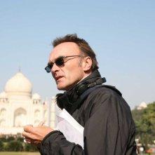 Il regista Danny Boyle sul set del film Slumdog Millionaire
