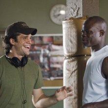 Il regista Jeff Wadlow e Djimon Hounsou sul set del film Never Back Down
