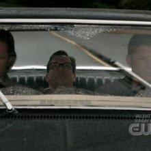 Jared Padalecki e Jensen Ackles insieme a Ted Raimi nell'episodio 'Wishful Thinking' della quarta stagione di Supernatural