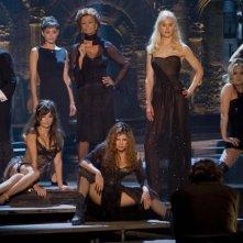 Judi Dench, Sophia Loren, Penelope Cruz, Marion Cotillard, Fergie, Nicole Kidman e Kate Hudson sul set del film Nine, diretto da Rob Marshall