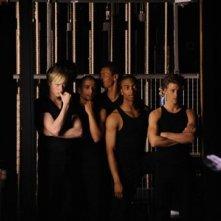 Matthew James Thomas, Marcquelle Ward e Mitch Hewer in una scena dell'episodio 'Let's dance' della serie Britannia High