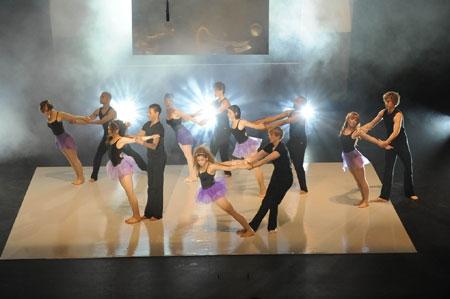 Un Immagine Dell Episodio Let S Dance Della Serie Britannia High 95724