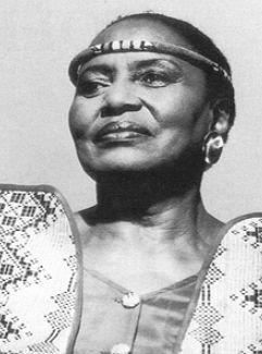 Una Foto Di Miriam Makeba 95778