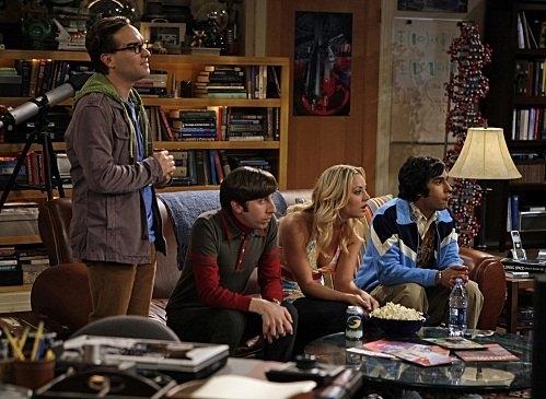 Una Scena Di Gruppo Dell Episodio The Cooper Nowitzki Theorem Di The Big Bang Theory 95774